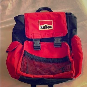 Marlboro Reds Back pack